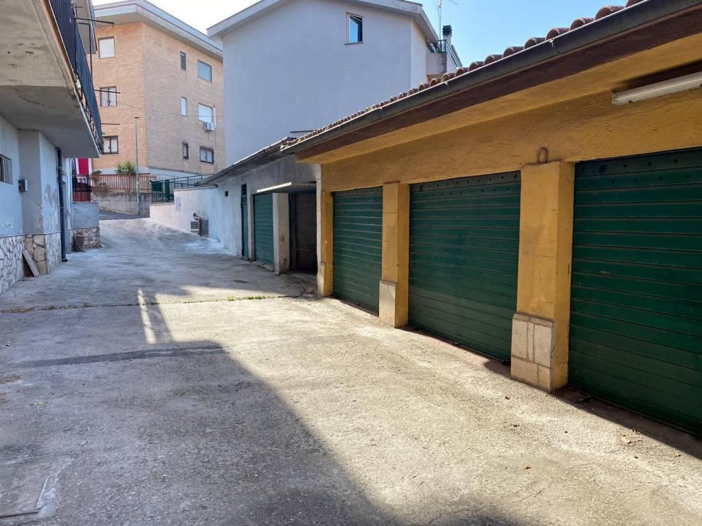 Garage / Posto autoaCOLLEFERRO