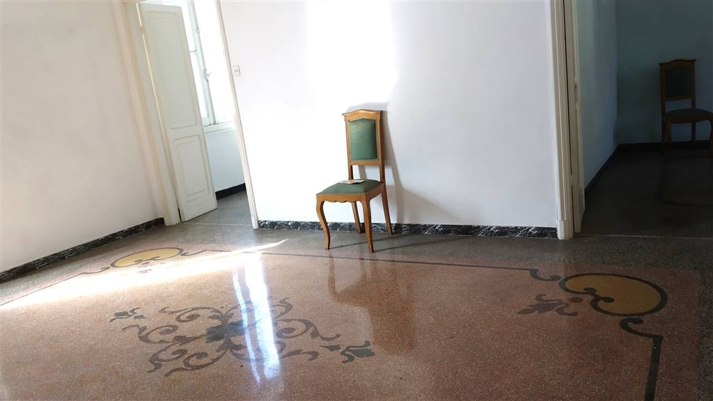 Appartamento indipendente a GENOVA