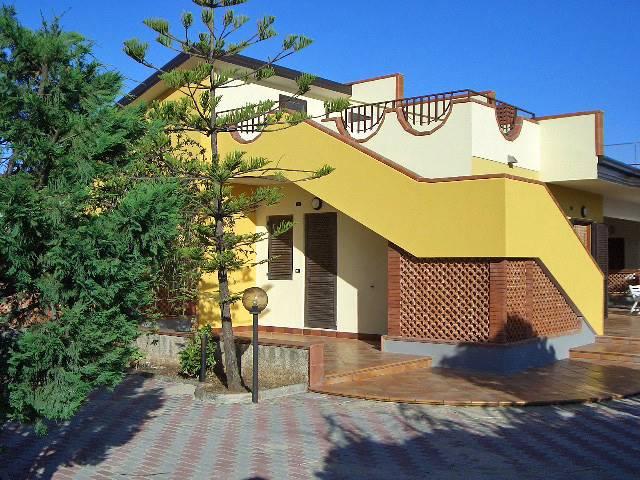 Villa a CASSANO ALLO IONIO