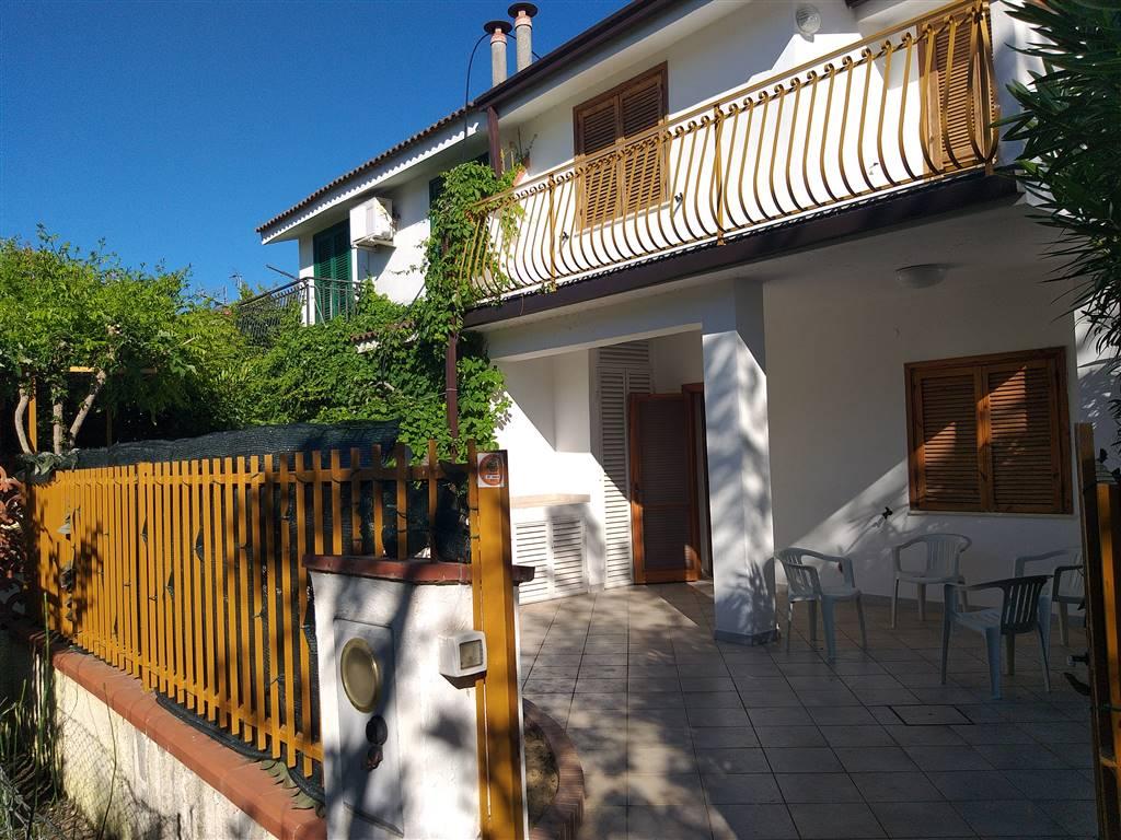 Villa a schieraaCASSANO ALLO IONIO