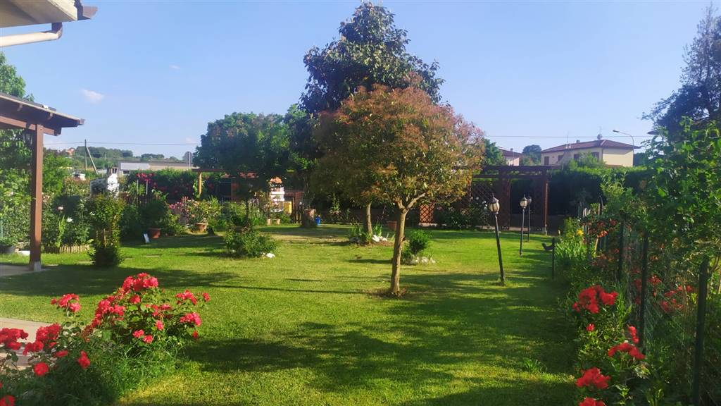 giardino - Rif. Lt3291RV39831