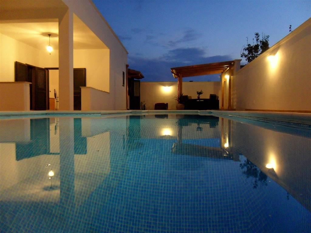 Villa a TORCHIAROLO